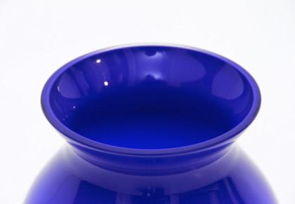 Vaso montenapoleone di barovier e toso in vetro blu di for Barovier e toso catalogo vasi