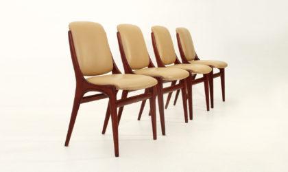 Quattro sedie in finta pelle anni 60, mid century dining chairs, Dassi style