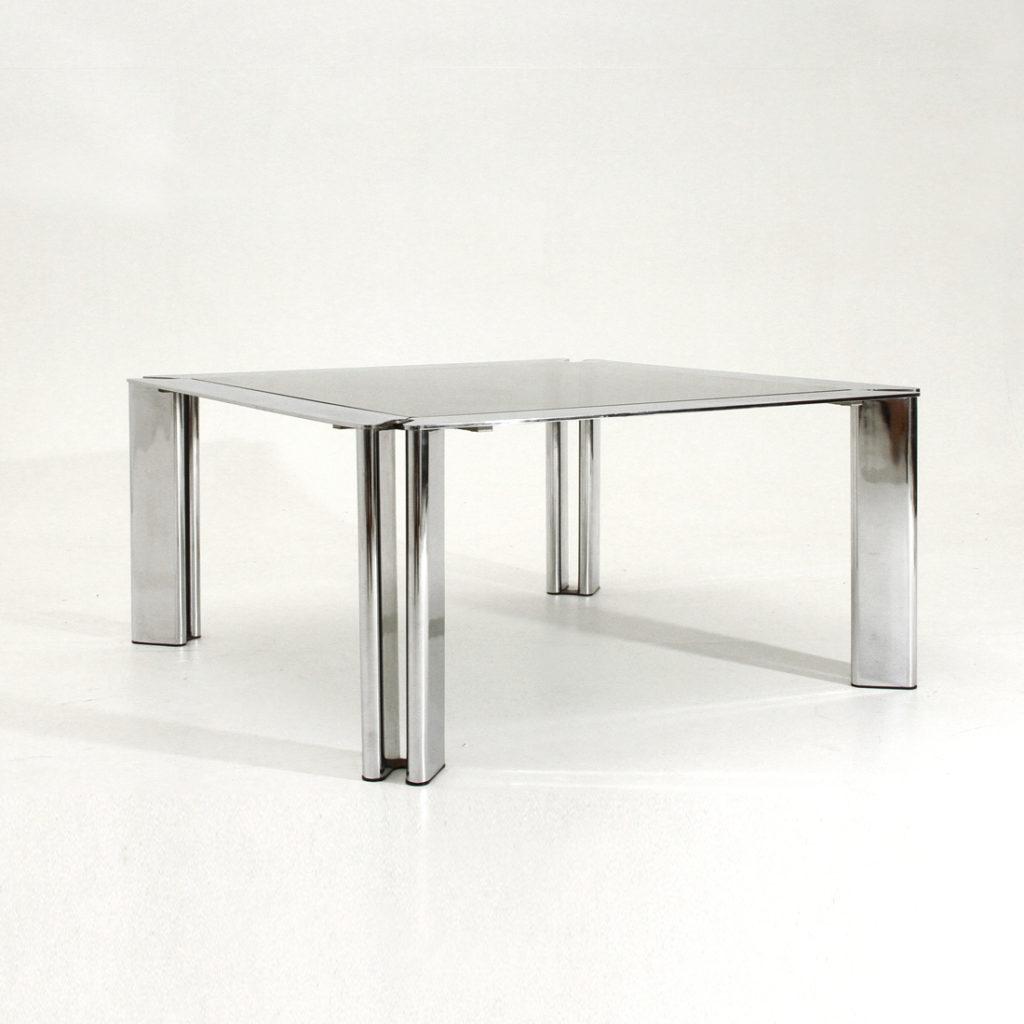 Ripiano In Vetro Per Tavolo.Tavolino Cromato Con Ripiano In Vetro Uso Interno