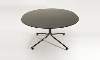 Tavolo Amaja di Vico Magistretti per Gavina anni 60, mid century dining table, 60s, italian modern design