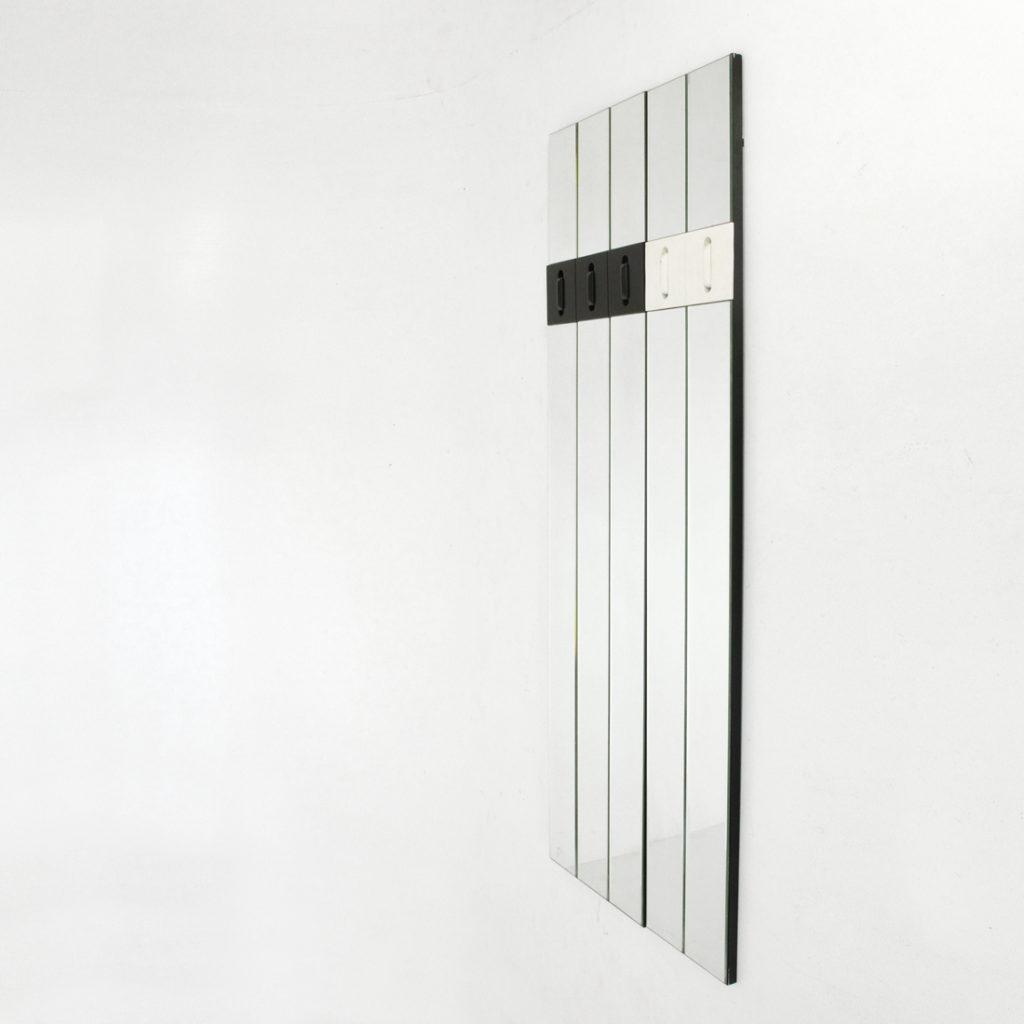 Appendiabiti Componibile Specchio Nino Miniforms : Specchio modulare con appendiabiti a scomparsa nino della
