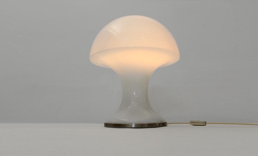 Lampada da tavolo luci t385 uso interno - Luci da tavolo design ...