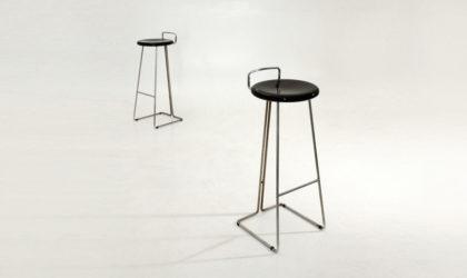 Due sgabelli di Georges Coslin per Dada anni 70, mid century stools, 70's, space age, italian design, modern,