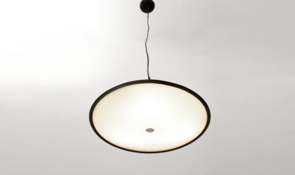 Lampadario in perspex anni 60, mid century pendant lamp, italian design, guzzini, martinelli luce, 60's, space age.