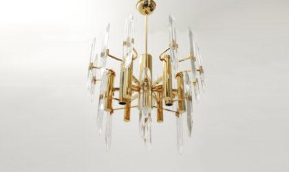 Lampadario in ottone a nove luci Sciolari anni 70, chandelier mid century, brass, cristal, italian design, 70's
