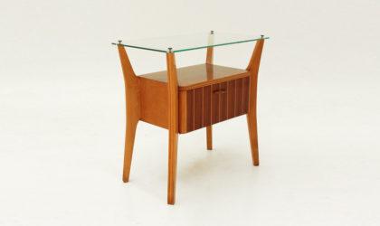 Comodino con piano in vetro anni '50, glass top night stand, italian modern, mid century, vintage, brass, ottone, cassetto, 50s