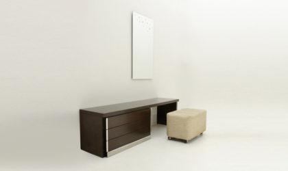 Toeletta con specchio e pouf anni '70, vanity desk post modern, mirror, italian design, table, mid century modern