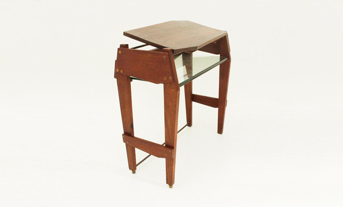 Consolle scrivania con ripiano in vetro uso interno for Consolle scrivania