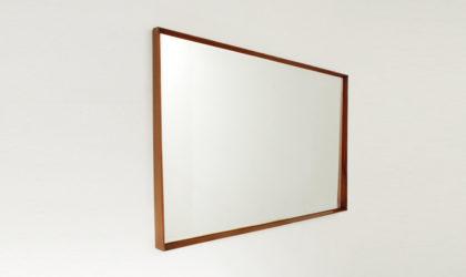 Specchio trapezoidale con cornice in legno anni '50, mid century mirror, wood frame, italian modern design, gio ponti carlo de carli, franco albini