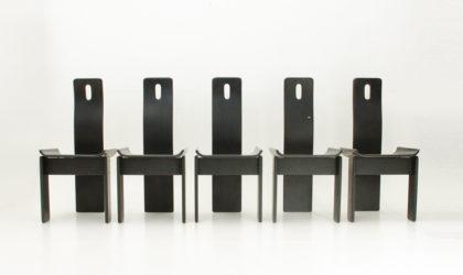 Cinque sedie in legno laccato nero anni '80, post modern chairs, 80's, italian design, black lacquered, tobia scarpa, molteni, max alto