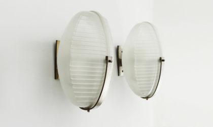 Coppia di applique Lambda di Vico Magistretti per Artemide anni '60, wall lamp, mid century modern, italian design, glass, 60's, brass, sconces