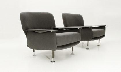 Coppia di poltrone con braccioli in Skai anni '50, mid century armchairs, italian design, 50's, chromed, bbpr, gio ponti, franco albini, campo e graffi