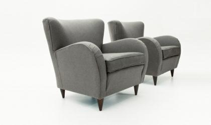 Coppia di poltrone grigie con cuscino in finta pelle anni '50, mid cetury armchairs, 50's, italian modern design, grey, gio ponti, paolo buffa, ulrich