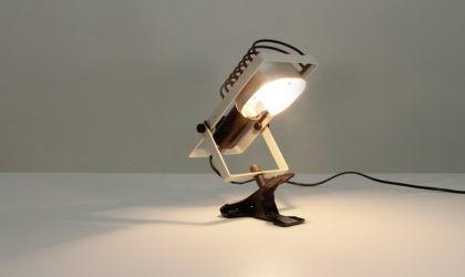 Lampada Sintesi pinza di Ernesto Gismondi per Artemide anni '70, vintage clamp lamp, italian modern design, mid century, 70's, post modern, metal