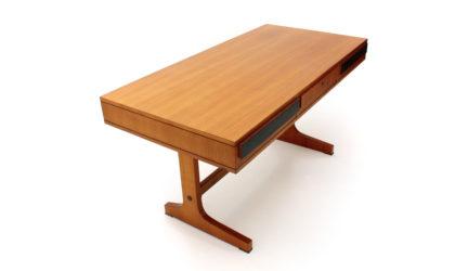 Scrivania con cassetti in teak anni 60 produzione italiana, vintage desk, 50s, italian modern design, mid century, gio ponti, osvaldo borsani