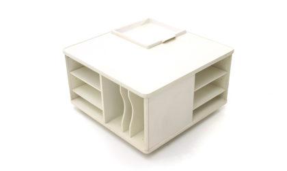 Tavolino quadrato con vani portaoggetti Fiarm anni '70, mid century coffee table, 70s, italian design, carlo de carli