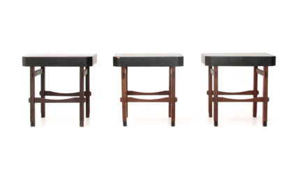 Tre sgabelli con seduta in finta pelle anni '60, stools, italian design, mid century modern, 60s, gianfranco frattini, cassina