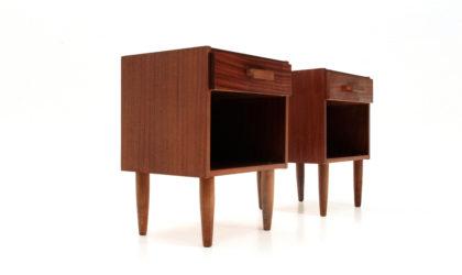 Coppia di comodini in teak anni '60, nightstand, 60s, mid-century modern, italian design, bed side table, gio ponti, singer and sons