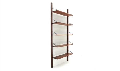 Libreria pensile della Tredici e C. anni '60, wall unit, italian design, mid-century modern, 50s, bookcase, teak, franco albini, shelves
