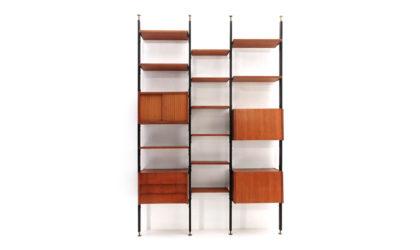 Libreria cielo terra con montanti in metallo anni 60, wall unit, italian design, mid-century modern, 60s, franco albini, poggi, brass