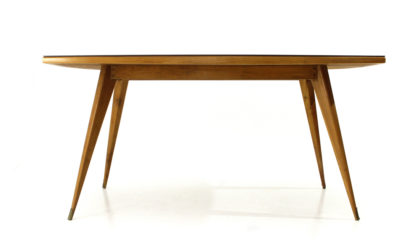 Tavolo da pranzo con piano in vetro bordeaux anni 50, dining table, italian design, mid-century modern, 50s, vintage, carlo de carli, gio ponticopertina