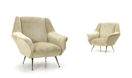 Coppia di poltrone in velluto crema e gambe in ottone anni 50, white cream velvet armchairs, italian design, mid-century modern, 50s, gigi radice, minotti