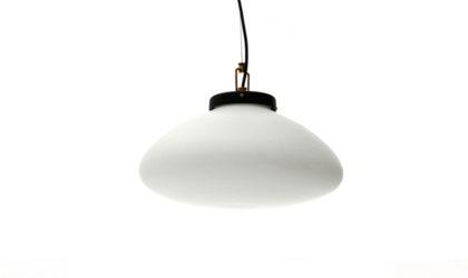 Lampadario con diffusore in vetro opalino anni '50, pendant lamps, 50s, mid-century modern, italian design, stilnovo, arredoluce