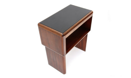 Piccolo mobile con piano in vetro nero anni '60, little cabinet, 60s, mid-century modern, italian design, teak, console