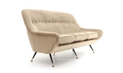 Divano tre posti in velluto tortora anni '50, sofa, mid-century modern, 50s, italian design, canapè, gigi radice,